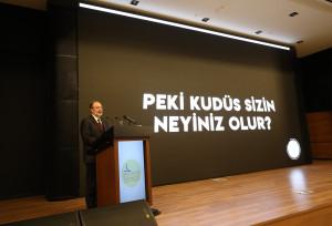İslam Düşünce Enstitüsü Başkanı Prof. Dr. Mehmet Görmez programda bir konuşma yaptı.