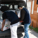 Arnavutluk, Fas, Gana, Suriye, Somali ve Tayland'lı öğrencilerimiz yetim kardeşlerini hazırladıkları hediyelerle sevindirirken gıda kolileriyle de ailelerine destek oldu.